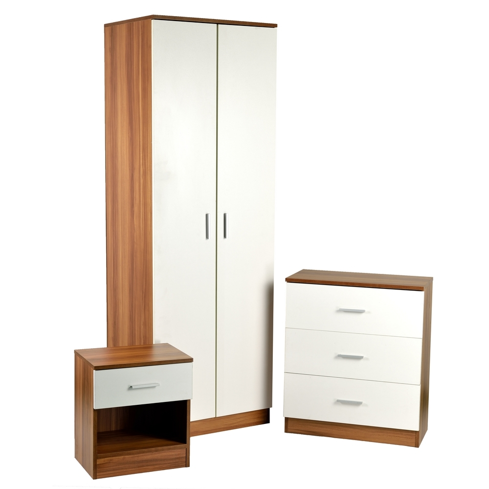 Homegear 3 piece bedroom furniture set wardrobe drawers for 3 bedroom set